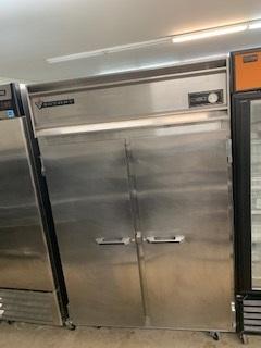 Victory 2 Door Freezer